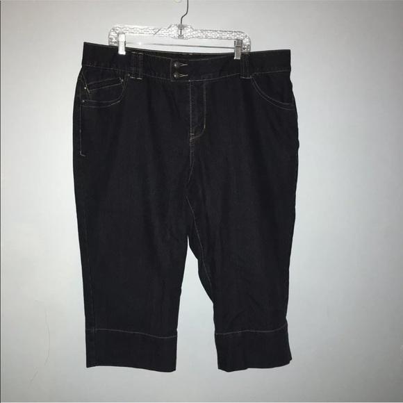 a38d5c29df1 Lane Bryant Pants - 💐Lane Bryant Crop Tighter Tummy Technology Pants